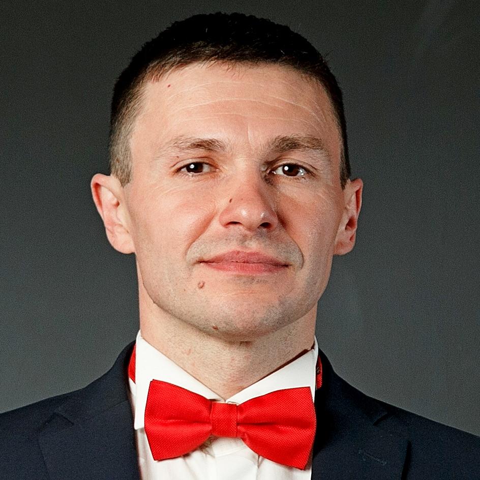 Александр Сахарчук