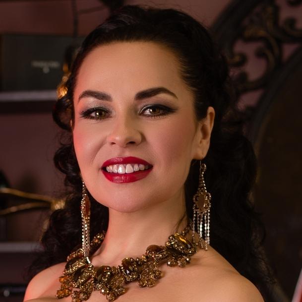 Наталья Воскресенская (меццо-сопрано)