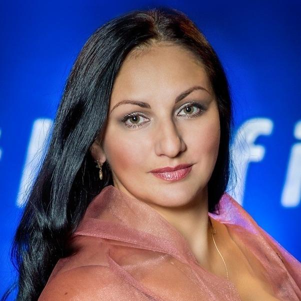Светлана Ломоносова (сопрано)
